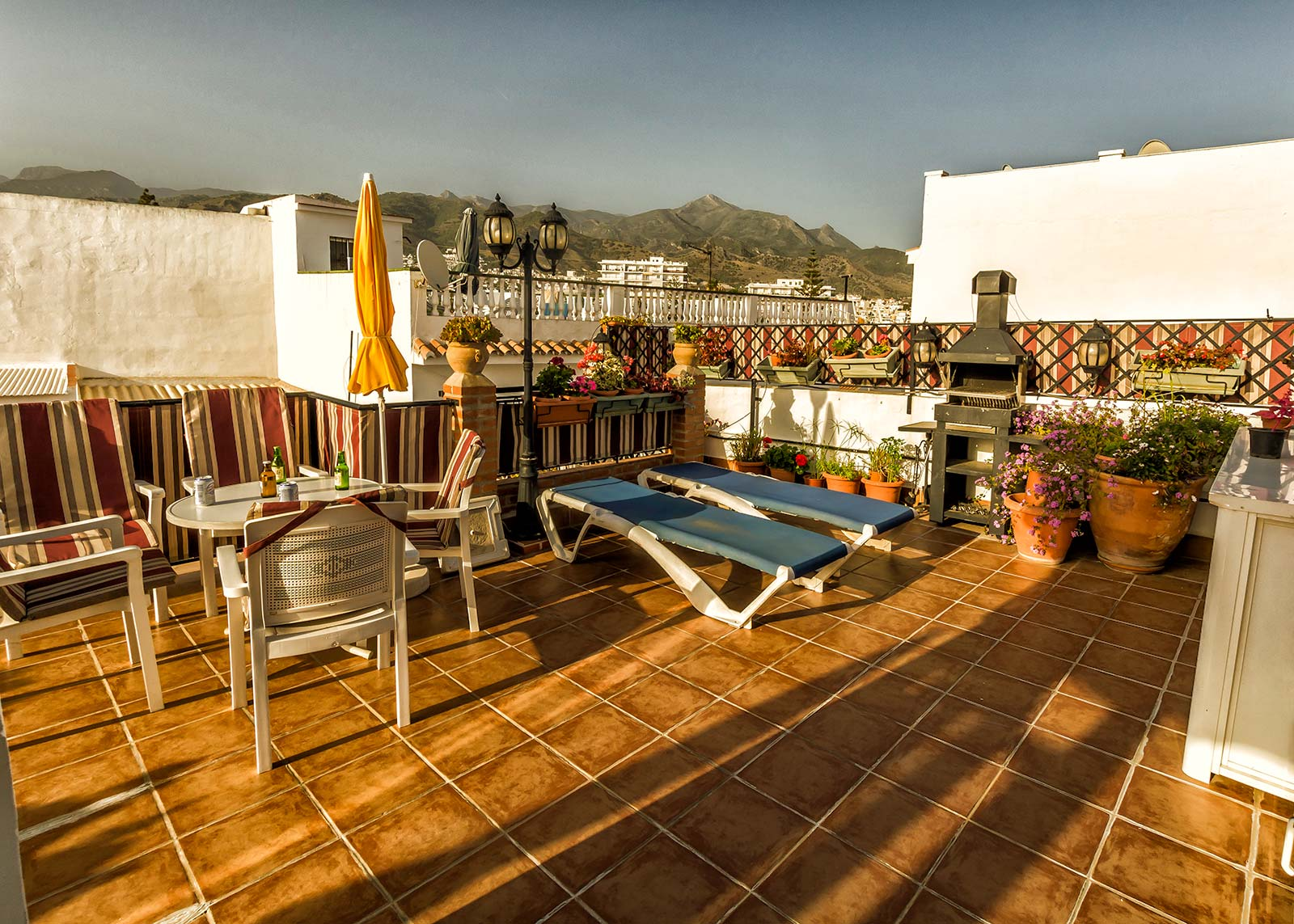 Casa charlotte better apartments nerja for Terrace restaurant charlotte