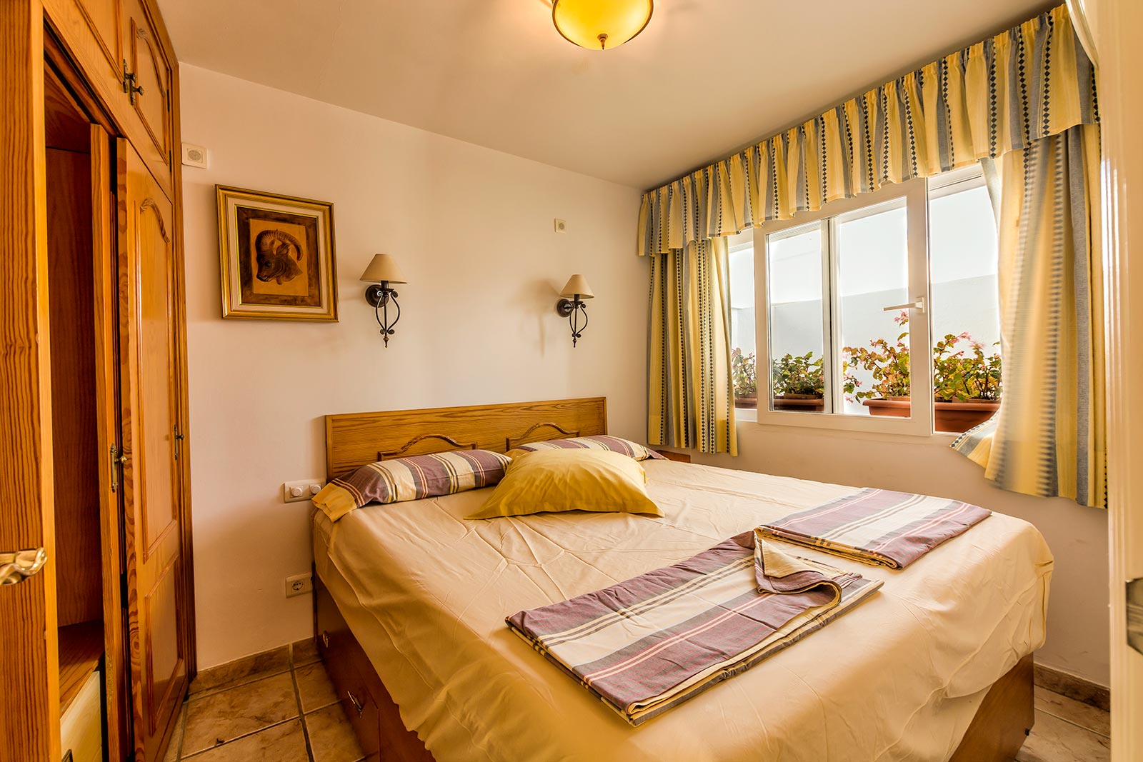 Casa charlotte 2nd floor better apartments nerja - 1 bedroom apartment salt lake hawaii ...