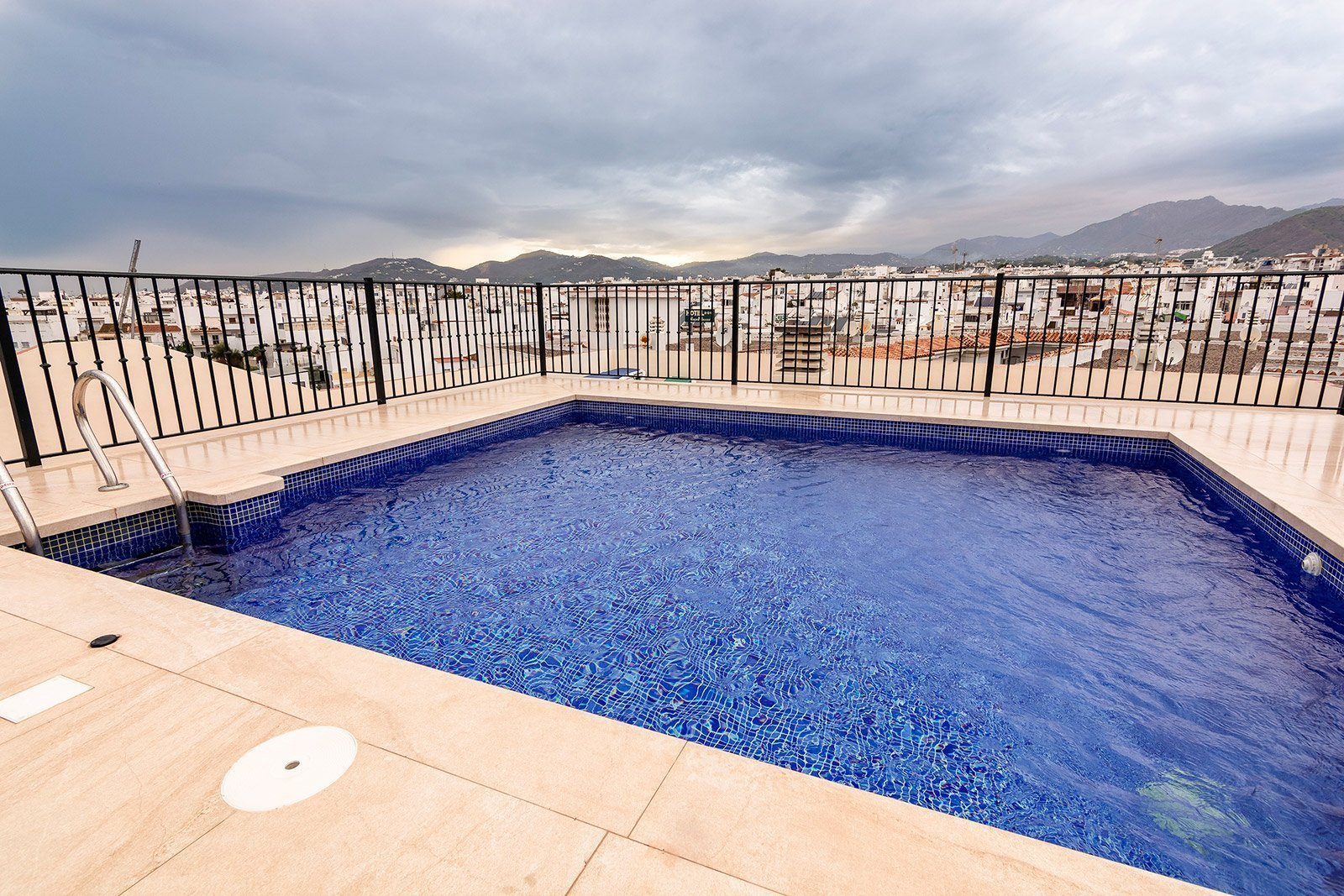 carabeo2000 Pool